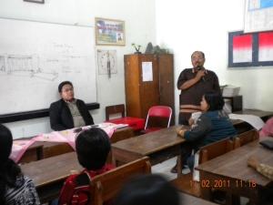 Bayu & Rohmat sedang Komite Sekolah di SDN Kampuang dalem 6 Kediri (1)